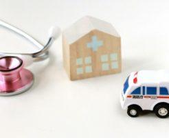 病院に向かう救急車